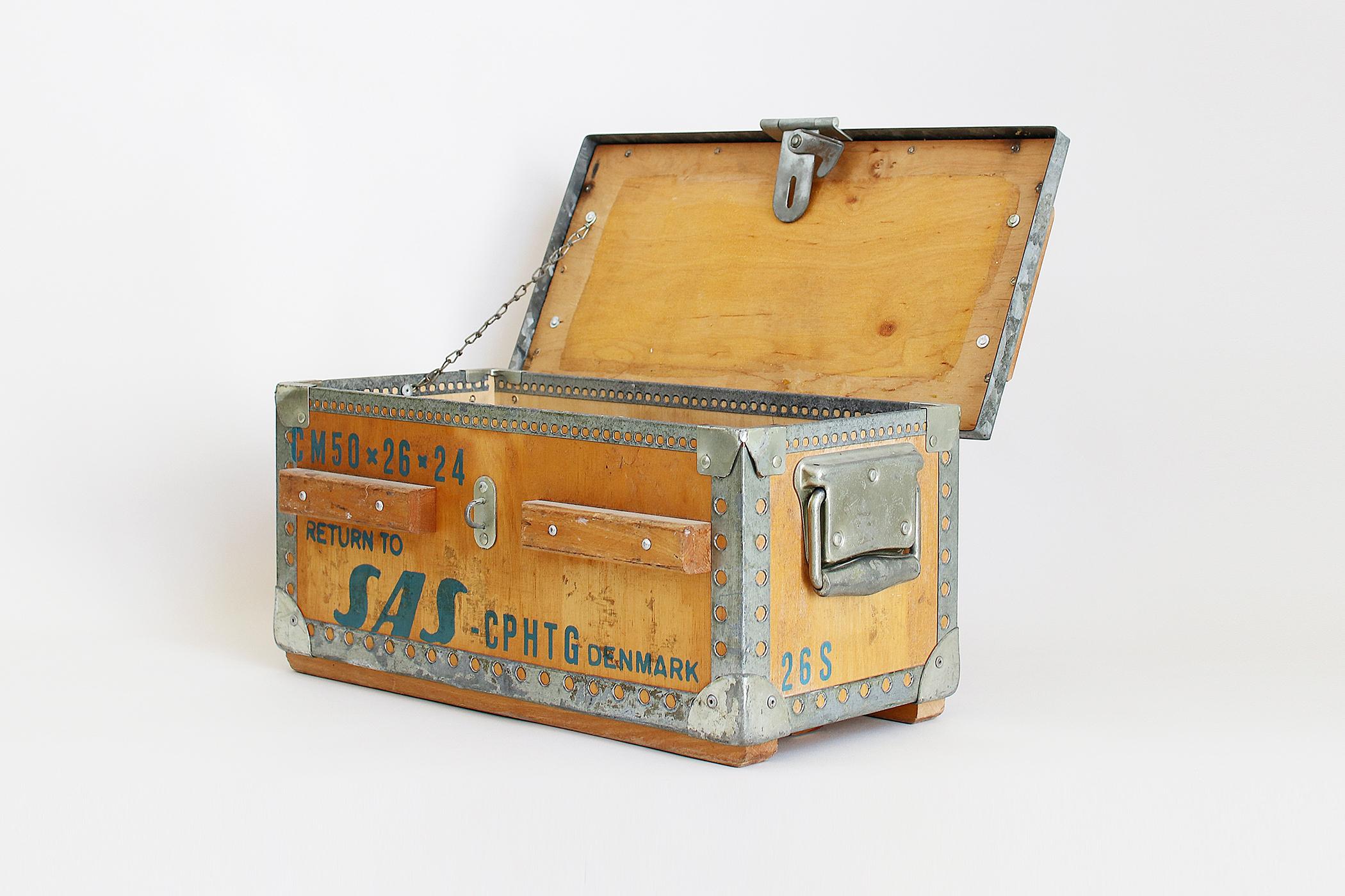 スカンジナビア航空の木箱