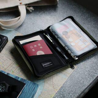 FARM HUT ファームハット |トラベリングカード&パスポートオーガナイザー